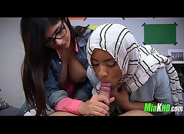 Mia Khalifa teaches her muslim friend how to suck cock 93