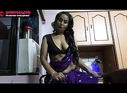 Sexy Indian Babe Lily seduces her daughter'_s boy friend roleplay